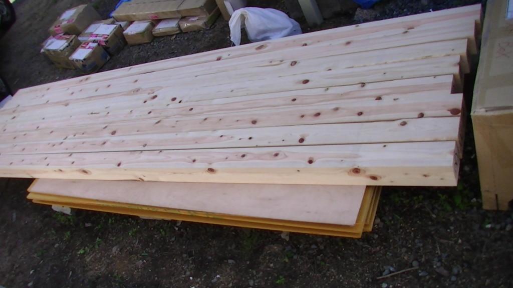PIC_0100 材木測定室建設中1